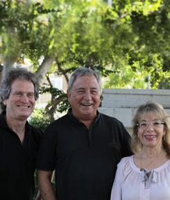 """""""שלושתנו"""" עכשיו ביחד… חנן יובל, דורית ראובני ואורי הרפז"""